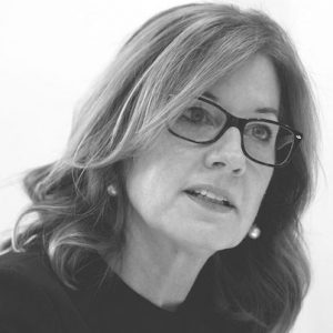 iSchool alum Elizabeth Denham awarded a CBE for services to protecting information